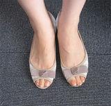 javari.jpで頼んだぺたんこ靴。リボンにボーダーでフェミニン!