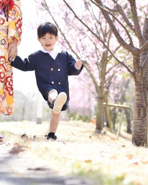 新しい保育園! 入園祝いの記念写真を撮ろう!