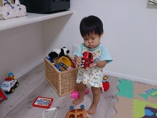 家中のあちこちから、おもちゃが出てくる。