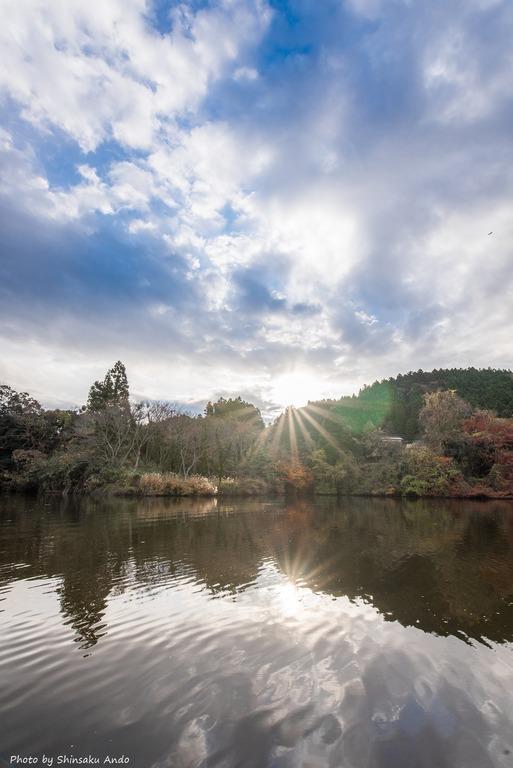 君津市亀山湖の紅葉クルーズ20161211-15