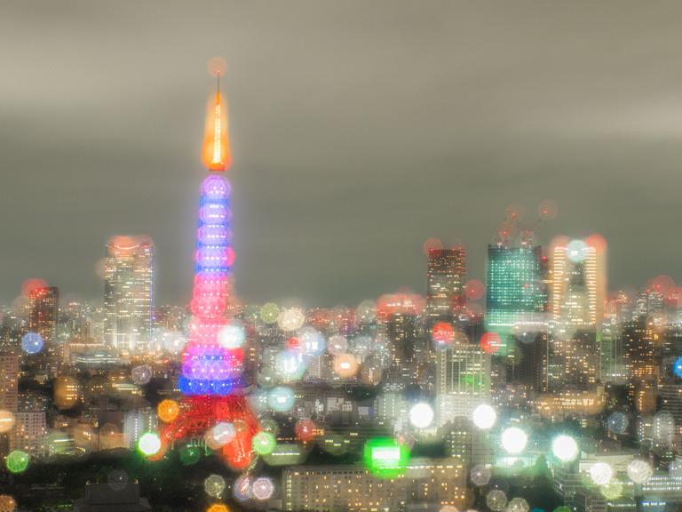 東京貿易センタービルから観る東京タワー20151031-4