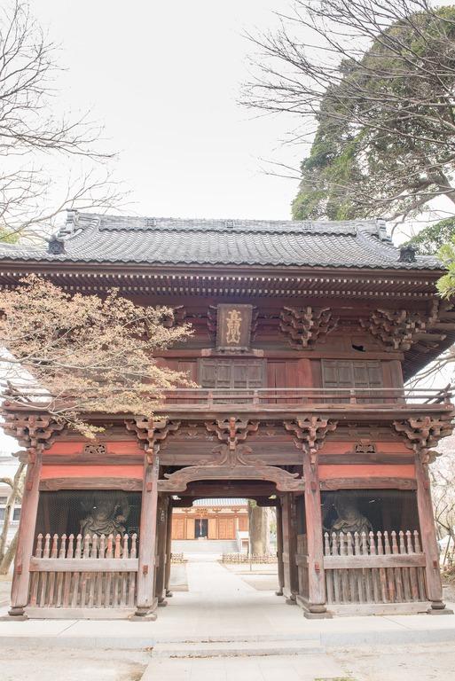 弘法寺の門