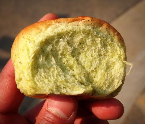 いもむしパン2