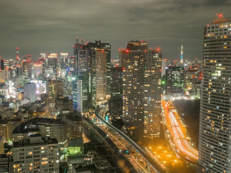東京貿易センタービルから観る東京スカイツリー20151031-1