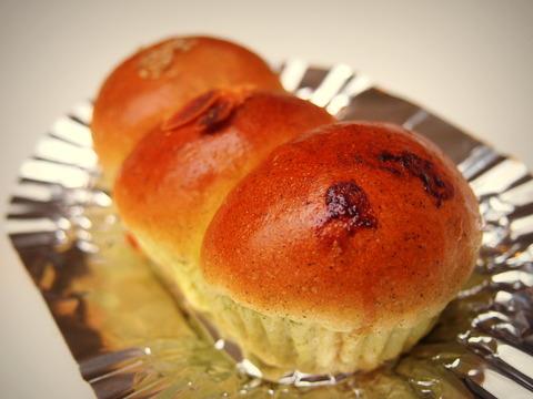 いもむしパン1