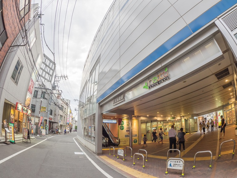 京成西船橋駅から徒歩10秒