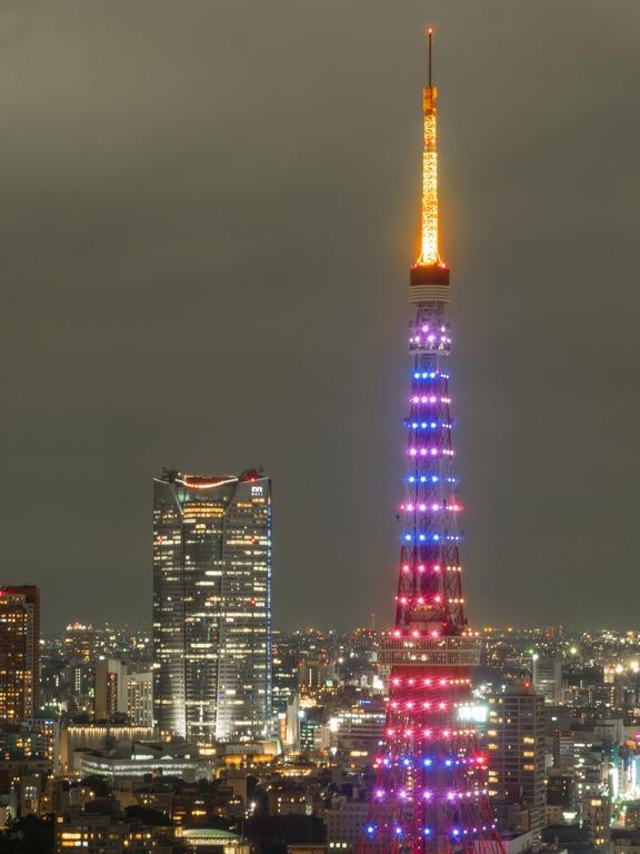 東京貿易センタービルから観る東京タワー20151031-5