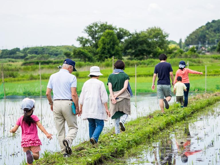 山田農場の一年・六月(参加者の皆さん-1)