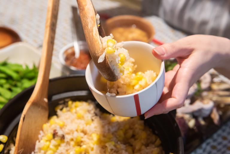 土鍋のとうもろこしご飯_2