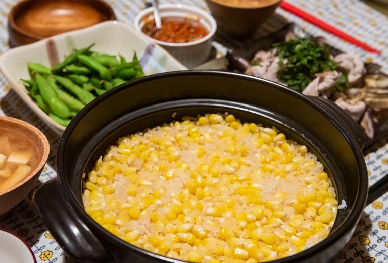 土鍋のとうもろこしご飯_1