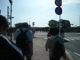 横田基地入口