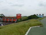新旧岩淵水門