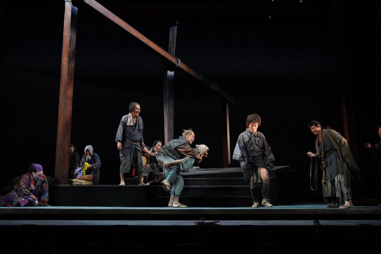 こまつ座『雨』舞台写真5