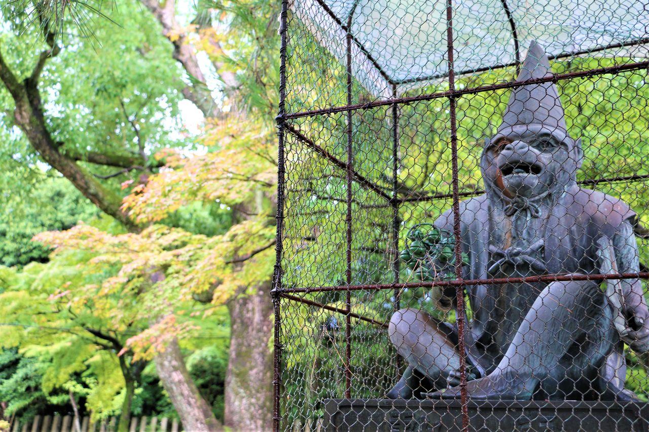 ●新日吉神宮阿吽猿右IMG_4721