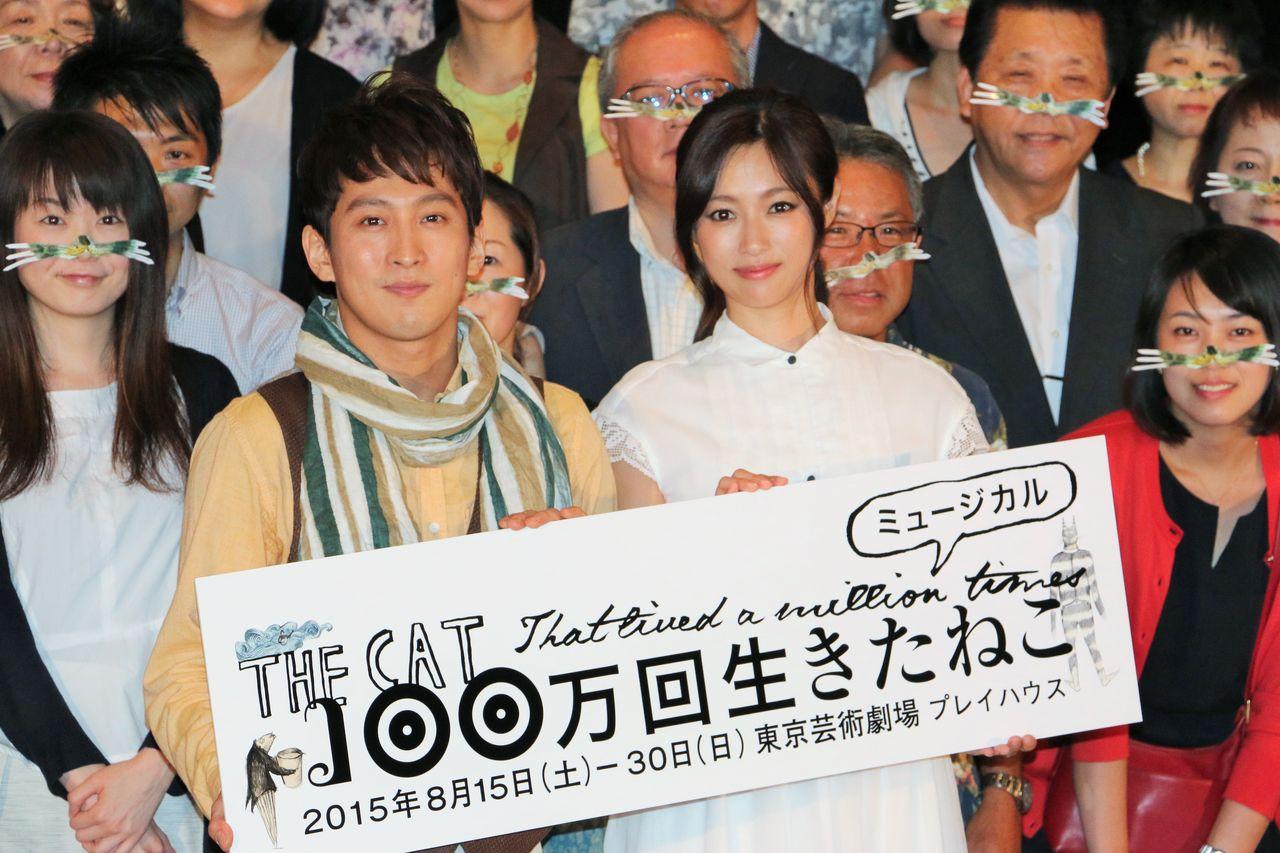 IMG_5955FIX成河深田パネル持ち (2)