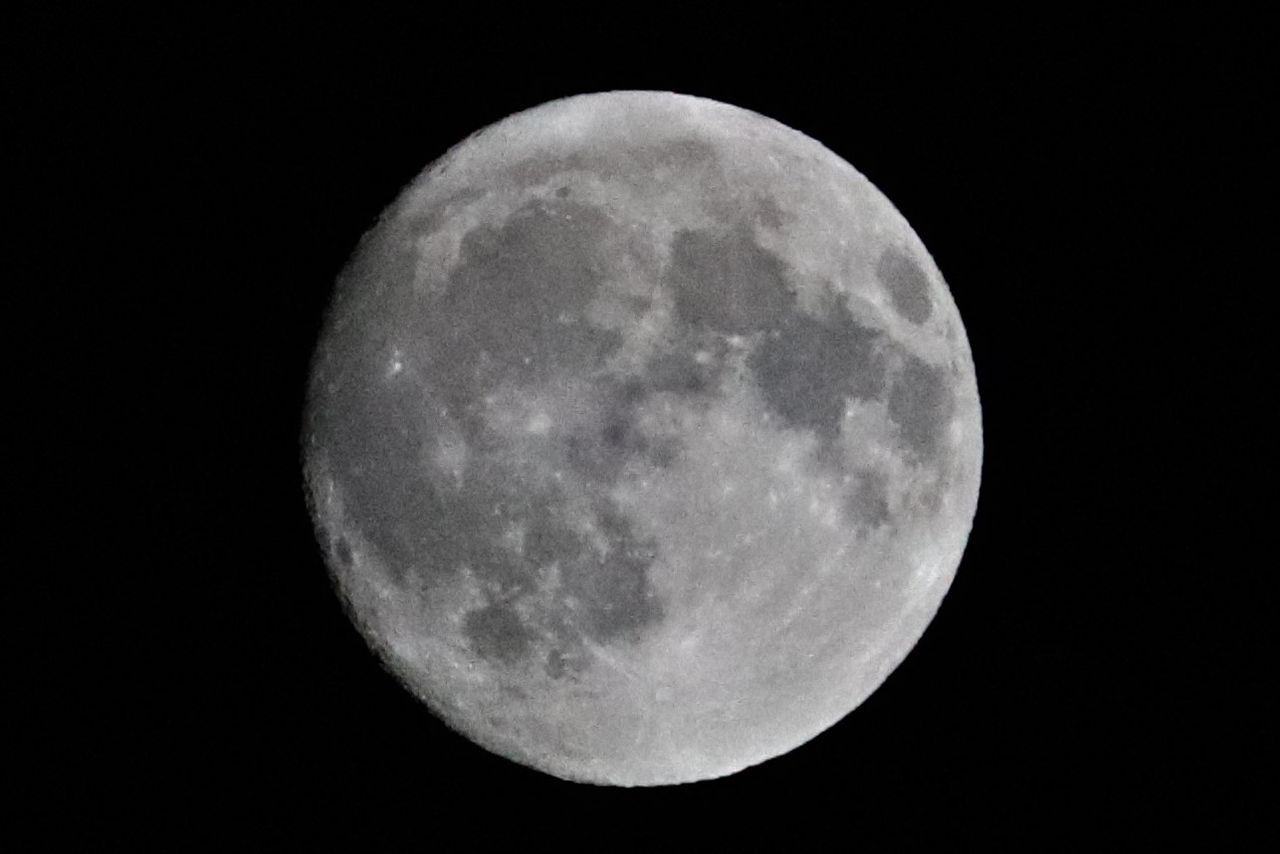 月アップ濃いめ�IMG_1104補正済み