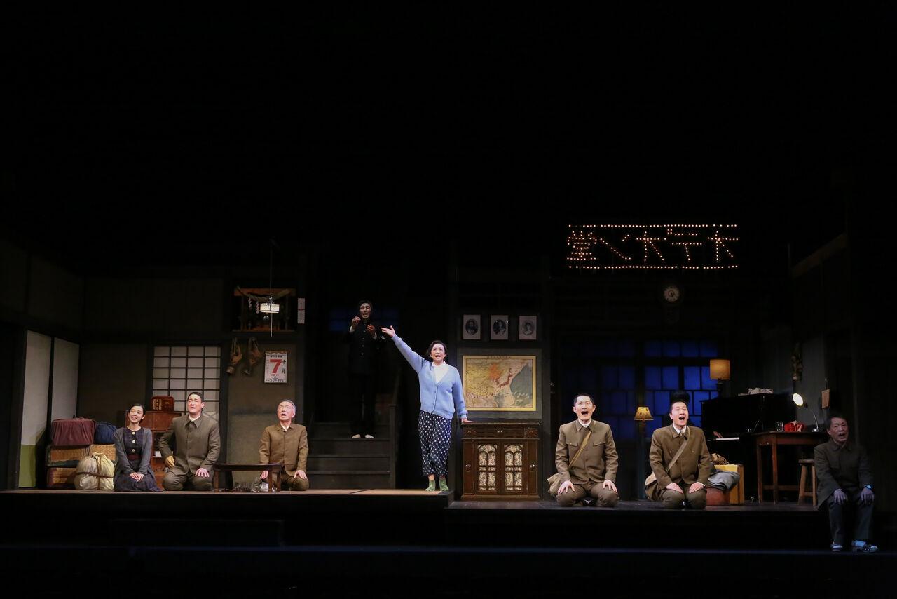 『きらめく星座』舞台写真11オデヲン堂引き