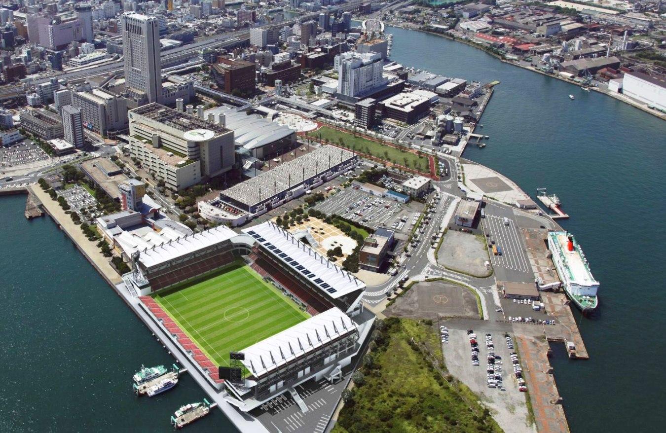 【悲報】北九州市「サッカーチームの新スタジアムに100億も税金掛けたのに…」