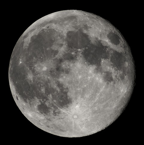 Full_Moon_Luc_Viatour-wiki