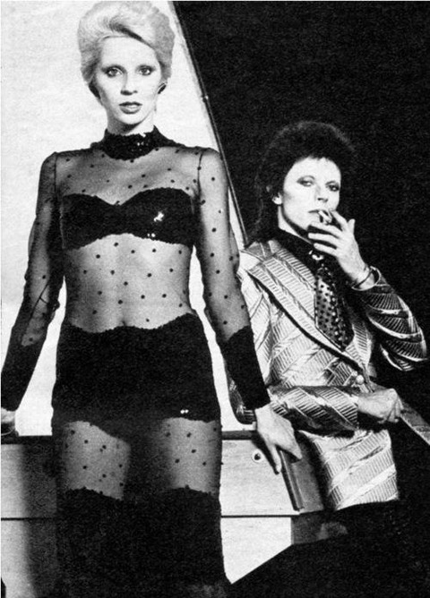 David-and-Angie-Bowie-music-32205393-500-696