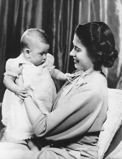 queen elizabeth baby prince charles 1949
