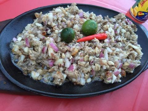 フィリピン料理 Sisig (1)