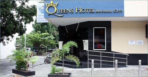 Queens Hotel front
