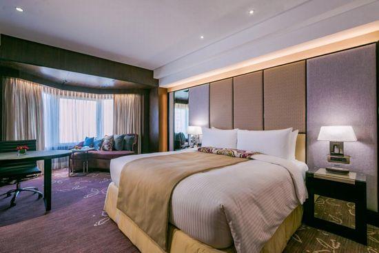 premier-king-room