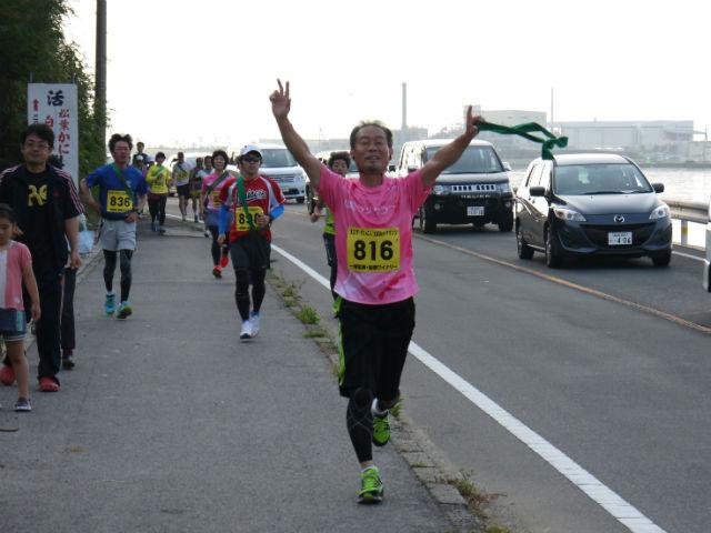 えびすだいこくマラソン山陰ランクラブCチーム、第一走者の到着
