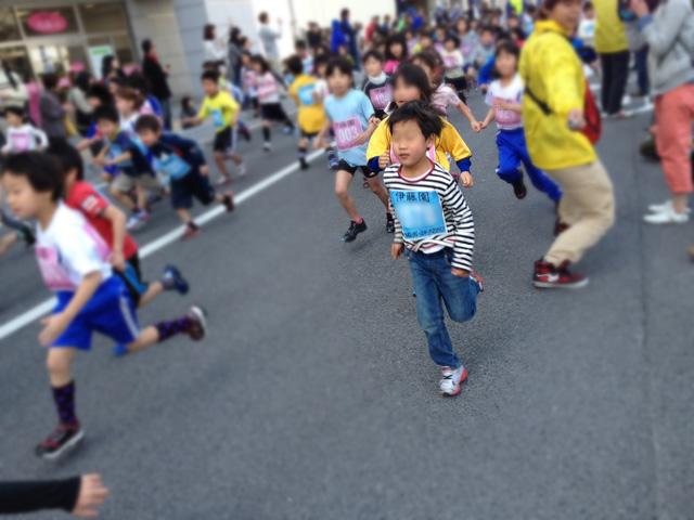第34回 まつえレディースハーフマラソン・ちびっこマラソン1km