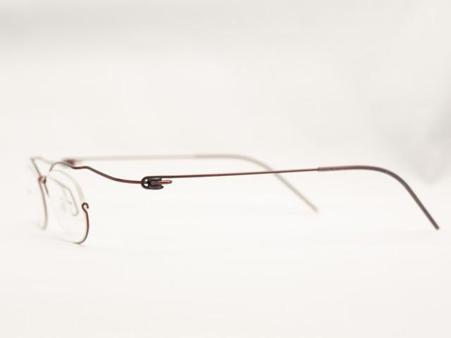 Y-05Wベースにお客様の顔や同行距離に合わせセミオーダーメイド眼鏡