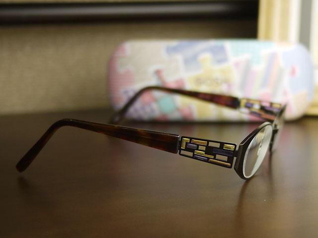 GOSHゴッシュ/眼鏡 ステンドグラスのような装飾