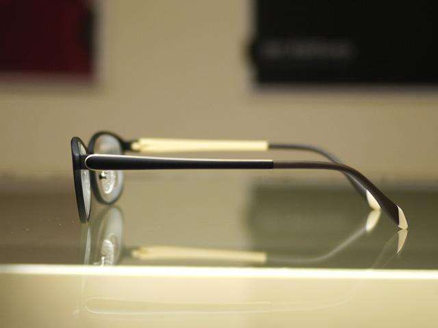 アイクラウド 軽量で丈夫で低価格で作れるメガネ。安い