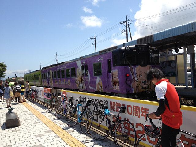 境港駅にて鬼太郎列車/鬼太郎電車を目撃
