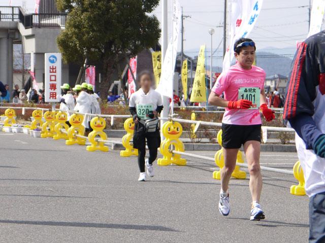 そうじゃ吉備路マラソン、山陰ランクラブ、フルマラソンゴールIさん