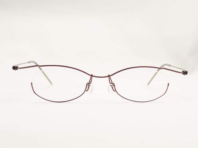 オーダー眼鏡コンセプトYで顔に合わせて作製