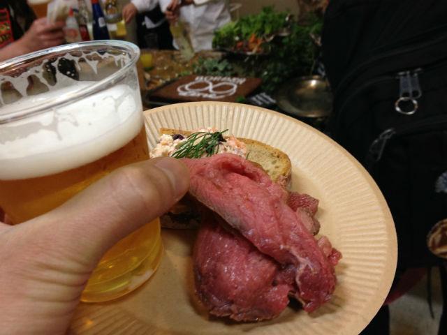 池尻大橋パーティー つまみとビールをゲット