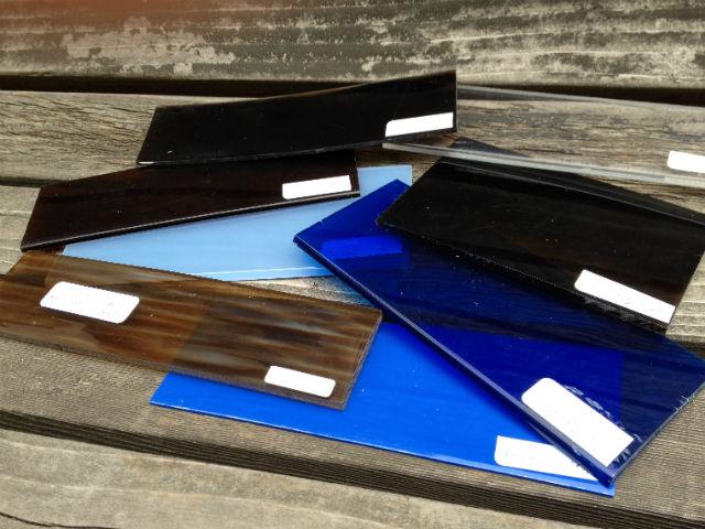 眼鏡フレームの素材アセテートのカラーサンプル