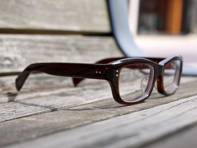 鯖江産のメガネ「元げん」57 完成写真2