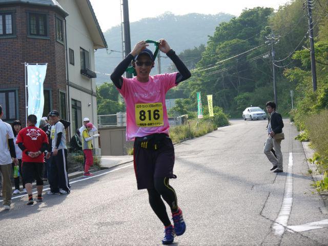 えびすだいこくマラソン山陰ランクラブCチーム、七類での選手交代