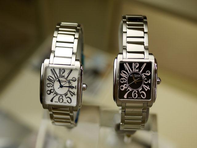 サントノーレ時計マンハッタン・ブレスレット仕様の2本