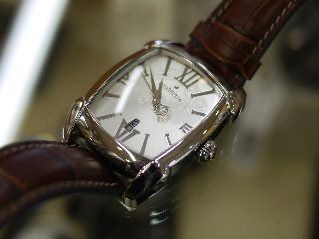 イタリアのバッグ・ファクトリーブランド「オロビアンコ」腕時計