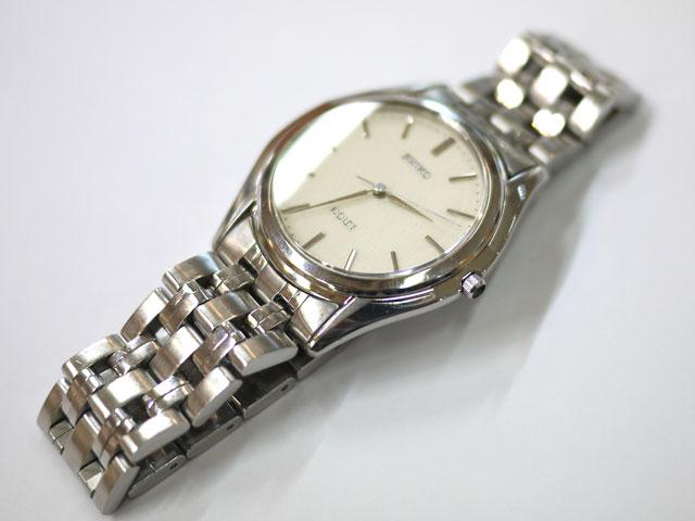 国産セイコー腕時計ドルチェの汚れが落ち綺麗になって復活