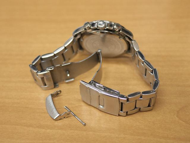 テクノス腕時計・バックル・ピン破損