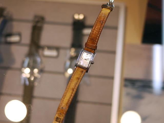 腕時計ロンジン・ドルチェヴィータのバンド/ベルト交換