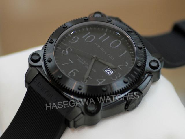 ハミルトン・カーキネイビーBeLOWZERO(ビロウゼロ)1000腕時計H78585333