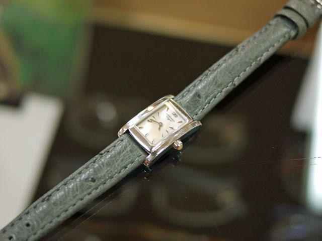 ロンジン腕時計非純正ベルトで似たオシャレなオーストリッチ革バンド