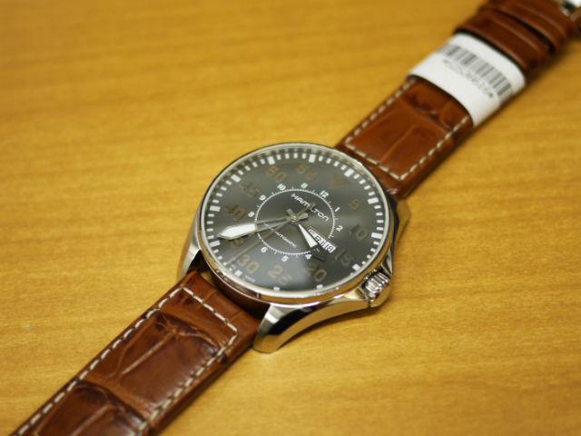 ハミルトン・カーキパイロットオート46mm 腕時計H64715885