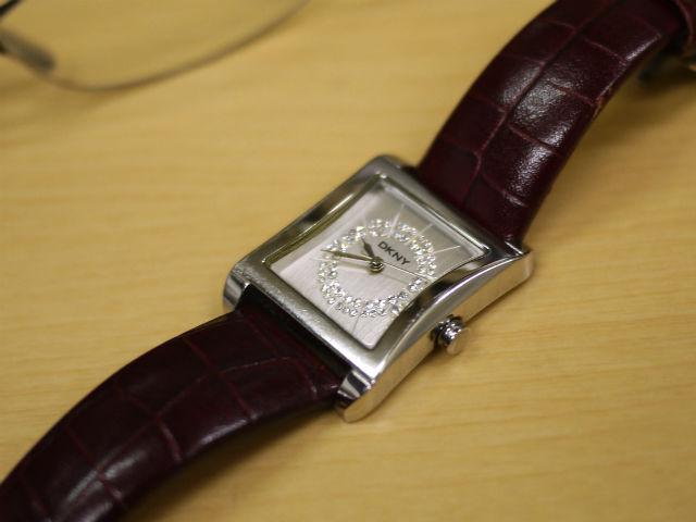 DKNYダナキャランニューヨーク腕時計、修理品
