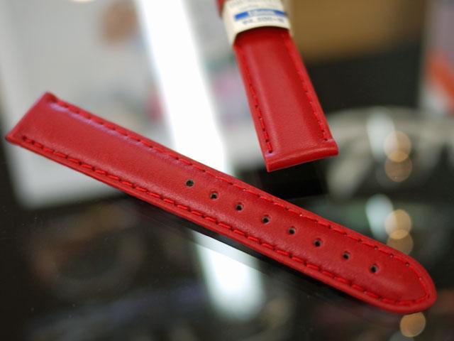 腕時計革バンド・レザーストラップぶかぶか緩いので小穴開け追加